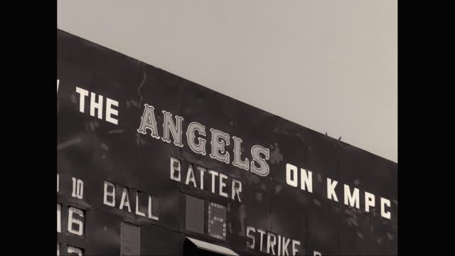 ms la baseball scoreboard against sky - scoreboard stock videos & royalty-free footage