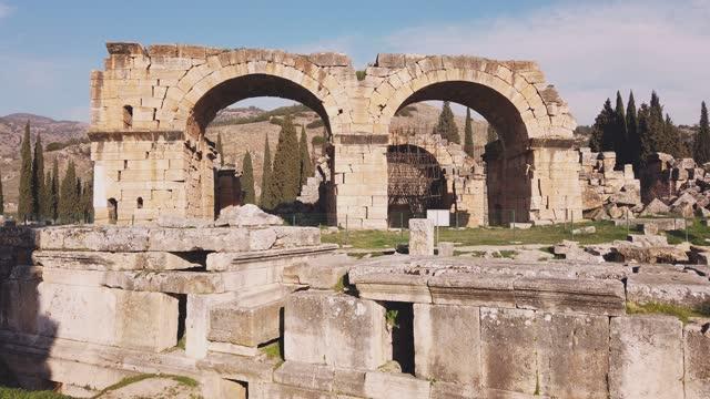 basilica baths in hierapolis, denizli, turkey - arch stock videos & royalty-free footage