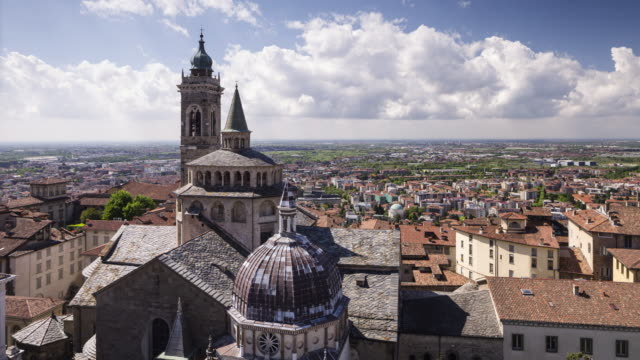 basilica santa maria maggiore in bergamo, italy. - dome stock videos & royalty-free footage