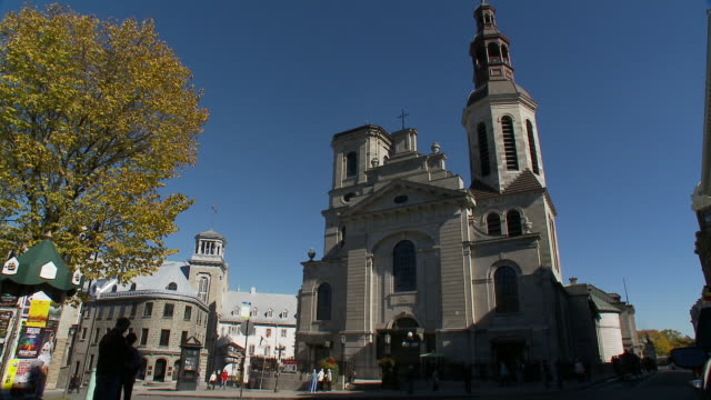 basilique cathe?drale notre dame de que?bec - basilica video stock e b–roll