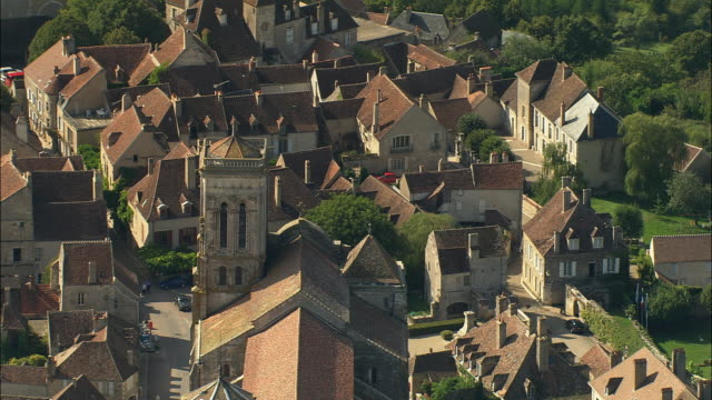 aerial ws basilique ste-madeleine / vezelay, france - circa 12th century stock videos & royalty-free footage
