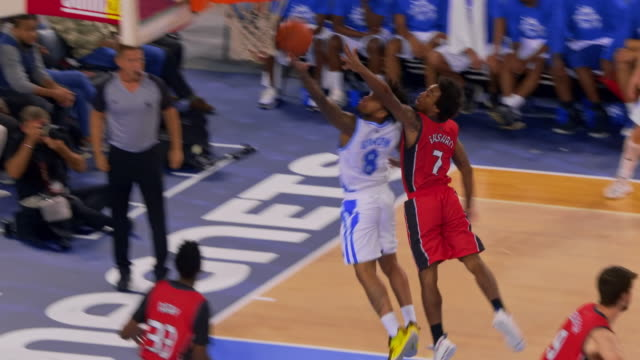 basketball player running to the basket and scoring - professional sportsperson stock videos & royalty-free footage