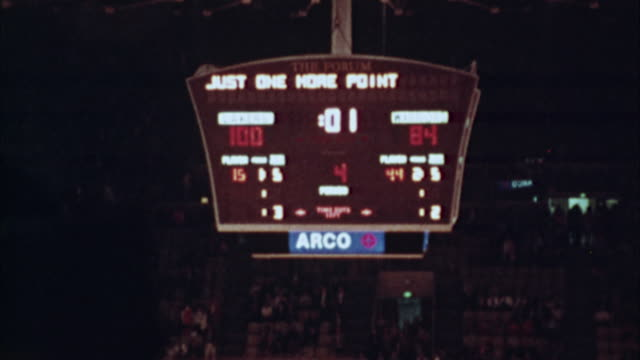ms, basketball scoreboard, 1970's, los angeles, california, usa - scoring stock videos & royalty-free footage