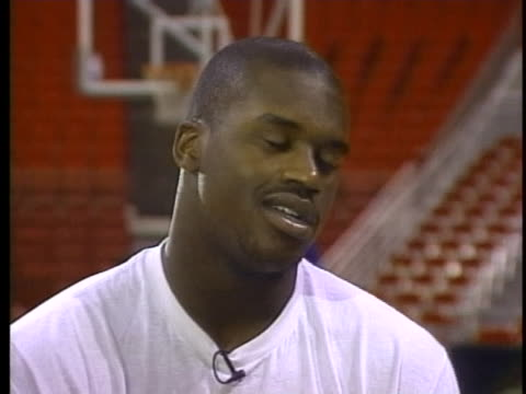 basketball star shaquille o'neal discusses his juvenile delinquency - sport stock-videos und b-roll-filmmaterial