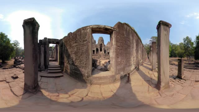 360 vr / bas-relief on wall at bayon temple - bas relief stock videos & royalty-free footage