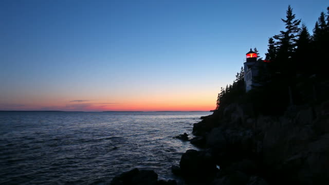 vidéos et rushes de phare de la pointe de bass harbor - maine