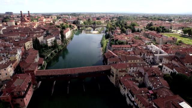 vídeos y material grabado en eventos de stock de bassano del grappa aerial view - ponte
