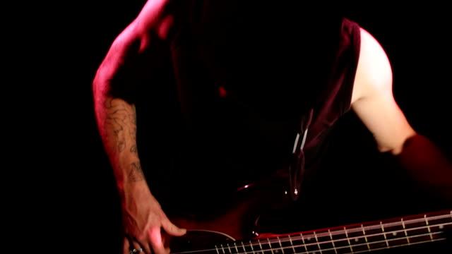 vídeos y material grabado en eventos de stock de bassgitarre - rock moderno