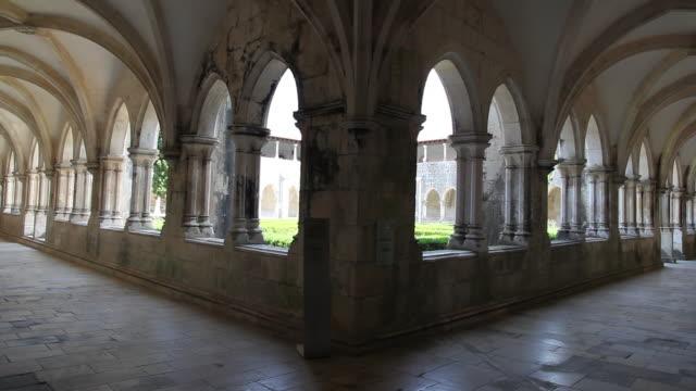 batalha monastery (mosteiro de santa maria da vitoria de batalha), cloister of king alfonso v - batalha abbey stock videos & royalty-free footage