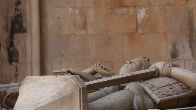 batalha monastery (mosteiro de santa maria da vitoria de batalha), unfinished chapels, tombs of king duarte and queen leonor - leiria district stock videos & royalty-free footage