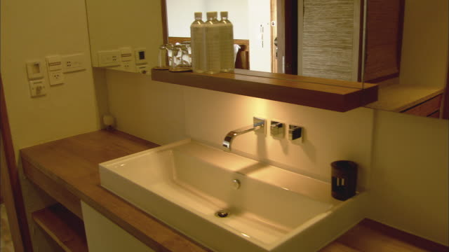 CU PAN Bathroom sink in resort hotel room / Hua Hin, Thailand