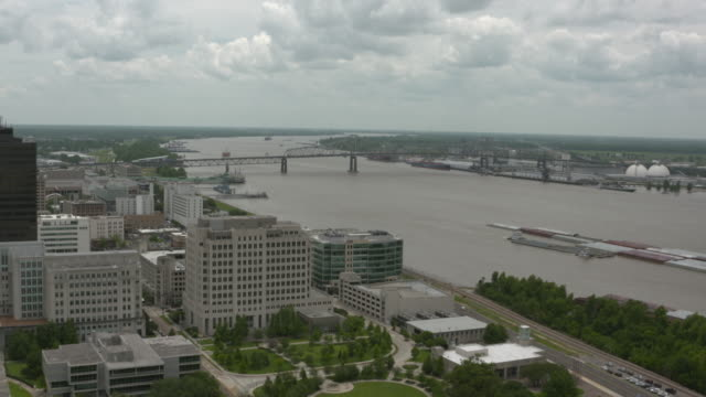 wgno baton rouge louisiana us baton rouge from observation deck mississippi river and barge traffic on wednesday may 17 2017 - luisiana stock videos and b-roll footage