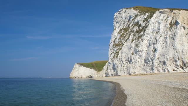 bat's head cliffs. jurassic coast. dorset, england. - jurassic stock videos & royalty-free footage