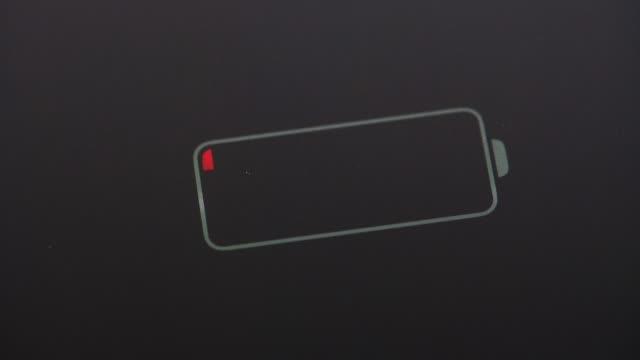 vidéos et rushes de indicateur de batterie - batterie