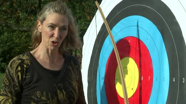battle of agincourt 600th anniversary marked at westminster abbey location unknown various of linda davies firing arow from longbow and arrow hitting... - longbow stock videos and b-roll footage