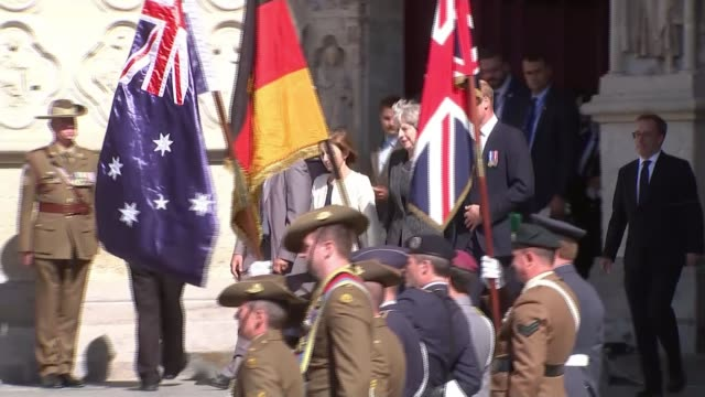 vídeos de stock e filmes b-roll de battle of amiens 100th anniversary memorial service france picardy somme amiens cathedral theresa may prince william duke of cambridge and florence... - centenário