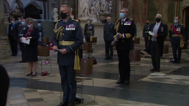 vídeos de stock e filmes b-roll de battle of britain 80th anniversary: westminster abbey service; england: london: westminster: westminster abbey: int various shots stained glass... - prime minister