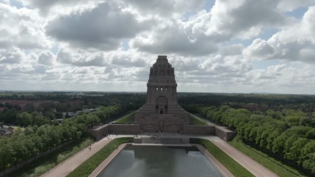 battle of the nations memorial in leipzig, germany - saxony stock videos & royalty-free footage