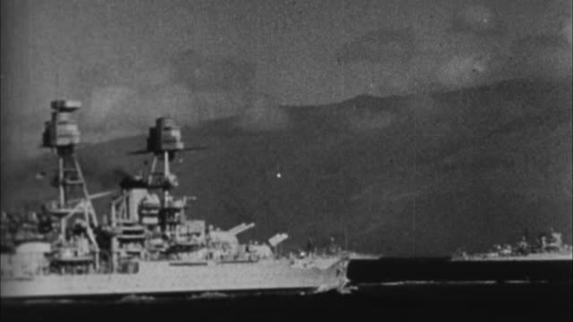 battleships on pearl harbor before japanese attack / united states - anno 1941 video stock e b–roll