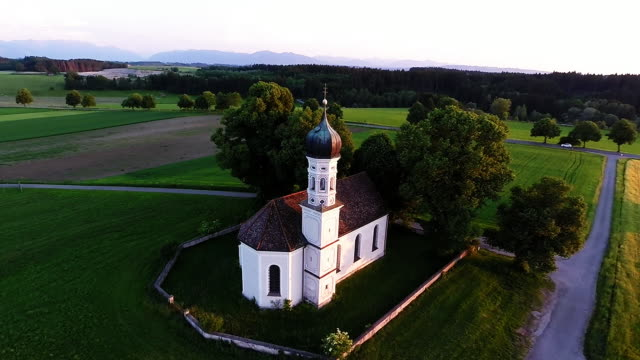 stockvideo's en b-roll-footage met bavaria landmarks - st. andrea chapel - bavarian alps