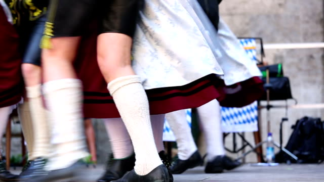 bavarian folk dance at oktoberfest in munich - traditional clothing stock videos & royalty-free footage
