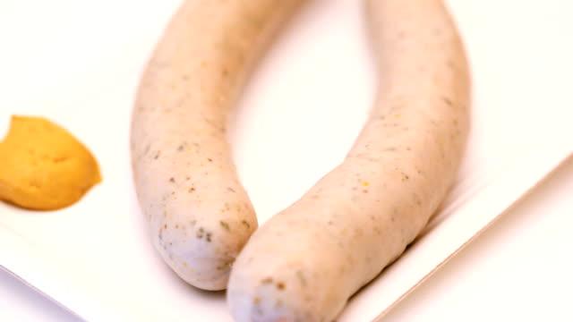 vídeos y material grabado en eventos de stock de bávaro salchicha de ternera - grupo mediano de objetos