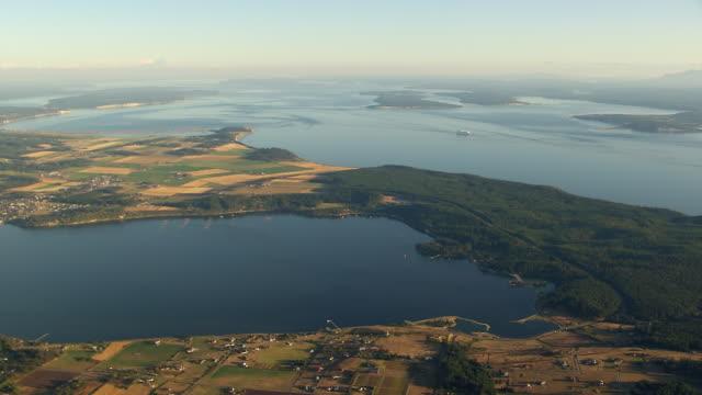 vídeos y material grabado en eventos de stock de ws aerial bay of san juan islands / washington, united states - paisaje mosaico