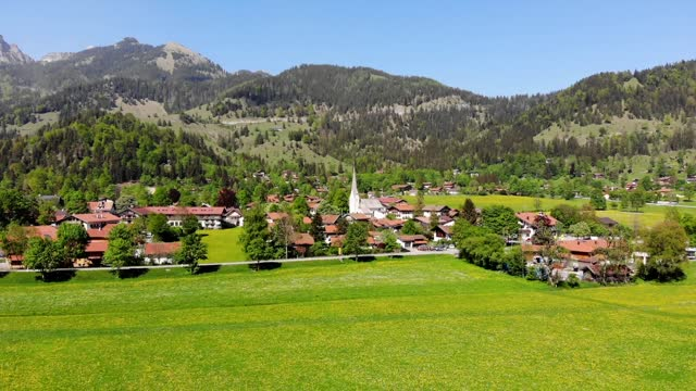 bayrischzell in the bavarian alps - bavarian alps stock videos & royalty-free footage