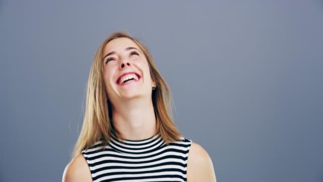 今日、誰かを笑わせる人になる - コメディアン点の映像素材/bロール