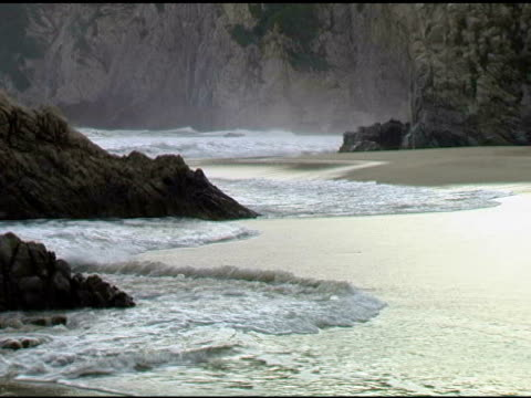 beach cove scene in maruata michoacan mexico 4 - land feature stock videos & royalty-free footage