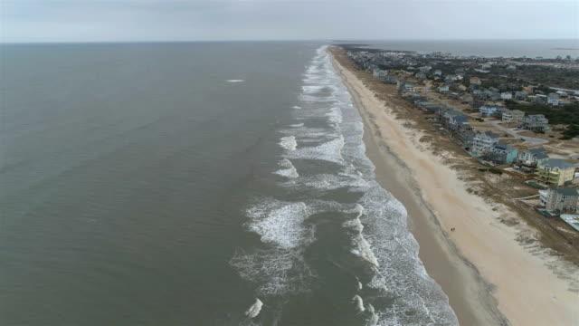 beach neighborhoods of outer banks, nc - carolina del sud video stock e b–roll