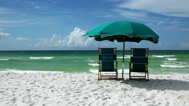 spiaggia paradisiaca - florida stati uniti video stock e b–roll