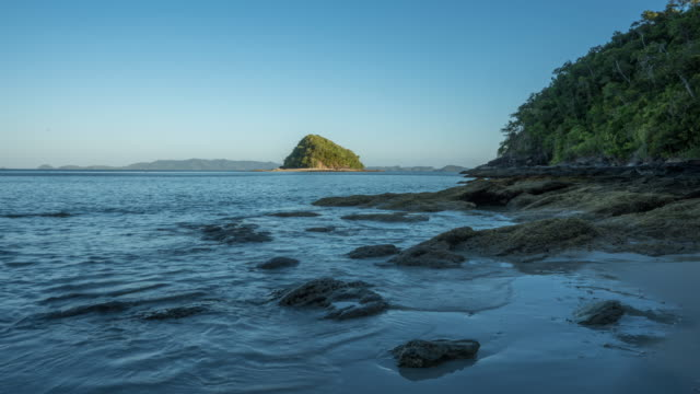 stockvideo's en b-roll-footage met beach tide timelapse, palawan - getijde