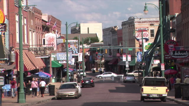 ws beale street, memphis, tennessee, usa - tennessee stock videos & royalty-free footage