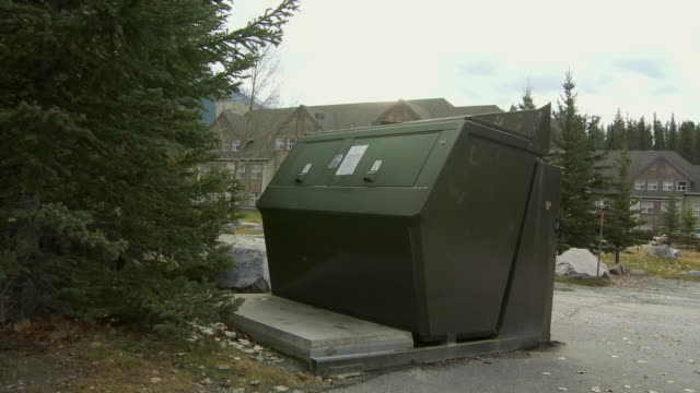 WS Bear proof garbage bin / Banff, Alberta, Canada