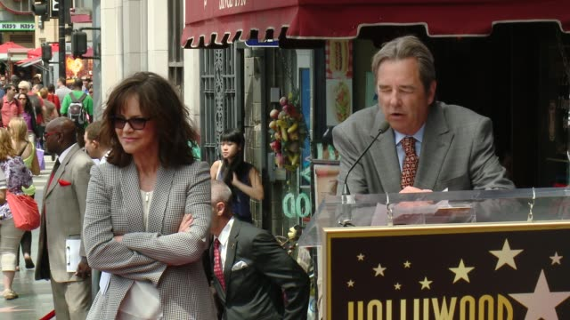 speech beau bridges at sally field honored with star on the hollywood walk of fame at hollywood walk of fame on may 05 2014 in hollywood california - sally field stock videos & royalty-free footage