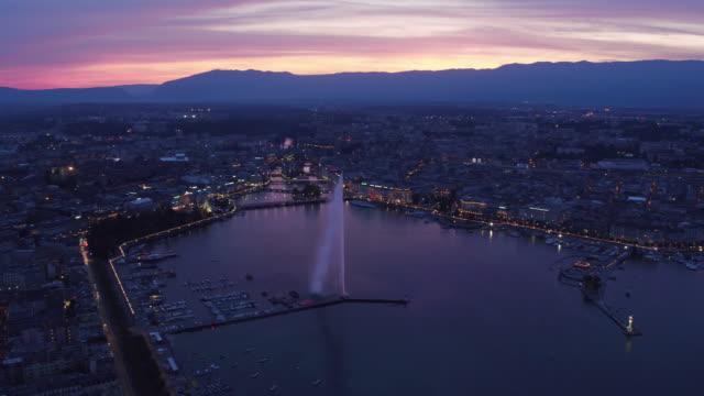 Schöne Luftaufnahme von Sonnenuntergang Genf city
