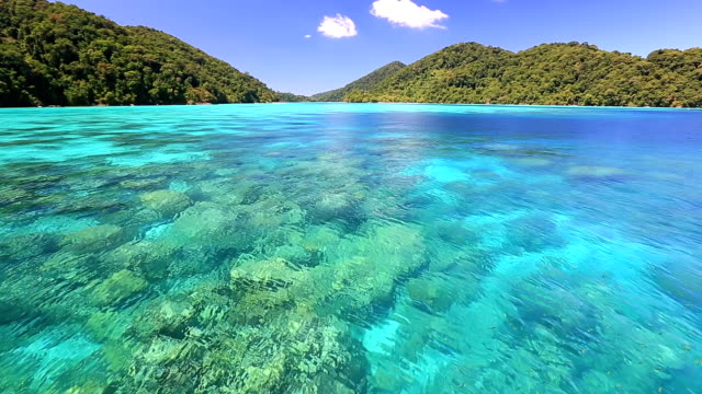 stockvideo's en b-roll-footage met beautiful andaman sea at surin national park snorkeling point thailand - thailand