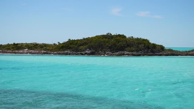 beautiful bahamas - cay insel stock-videos und b-roll-filmmaterial
