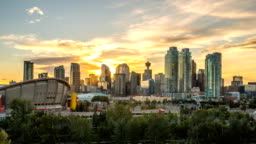 Beautiful Calgary Sunset Time Lapse of Skyline 4k 1080p