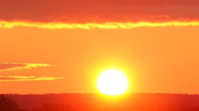 Beautiful Clean Sunrise. HQ 4:4:4 RGB