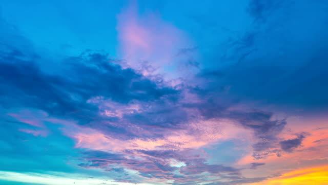 Belas nuvens