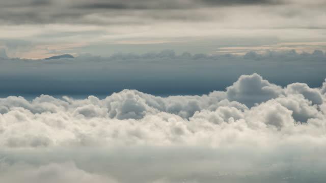 schöne bewölkt Bewegung der Wolke, Natur Aufnahmen Hintergrund