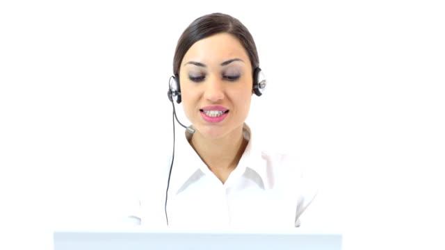 vídeos de stock, filmes e b-roll de linda fêmea operador no trabalho - secretária