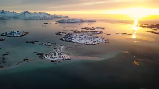 vackra fjorden natursköna flygfoto i nordnorge - sommarøy - mountain range bildbanksvideor och videomaterial från bakom kulisserna