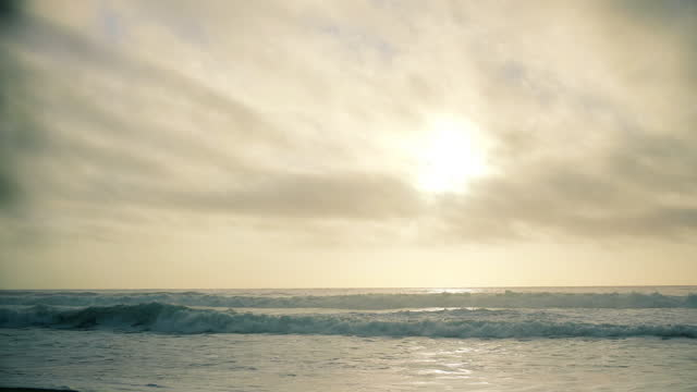 beautiful golden sunset over the pacific ocean. - north pacific ocean stock videos & royalty-free footage