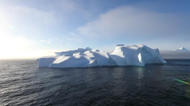 beautiful icebergs, antarctic scenery - antarctica melting stock videos & royalty-free footage