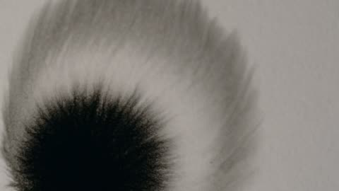 vackra bläck flyter virvlar på vit bakgrund - papper bildbanksvideor och videomaterial från bakom kulisserna