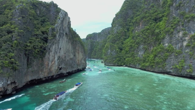 beautiful island, ko phi-phi le, thailand - phi phi le stock videos & royalty-free footage