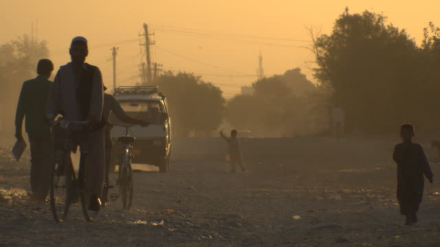 beautiful morning shoot of people in mazar-e-sharif, afghanistan - military exercise stock videos & royalty-free footage